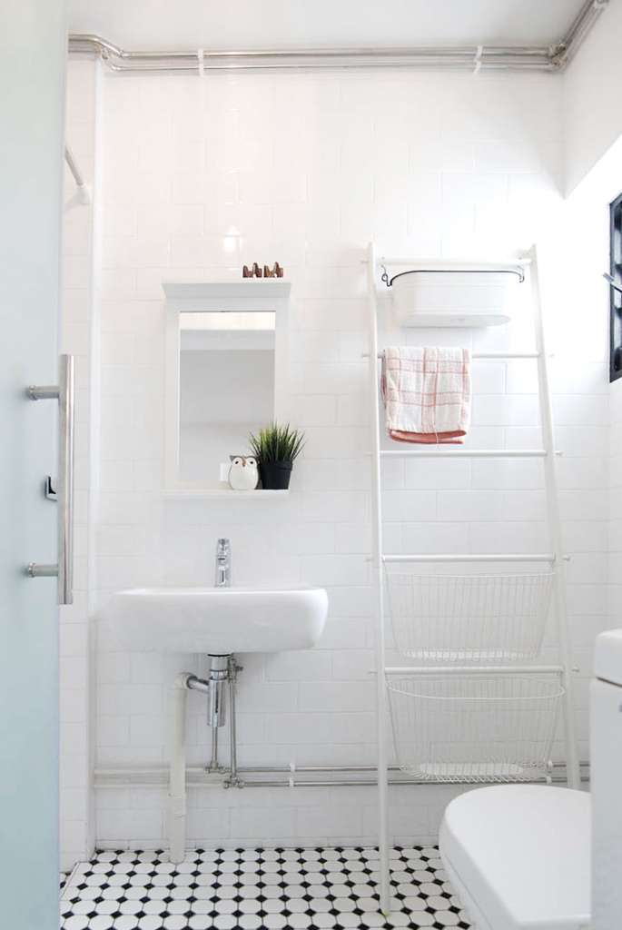 18 simple design ideas to make your HDB flat bathroom look ...